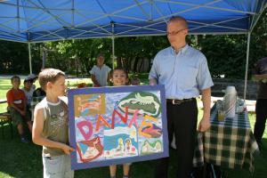 Spende Münchner Kindl Stiftung für Hilfe für Kids für Wasserspielplatz Kinderhaus Harthof