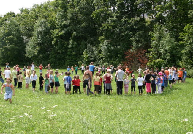 Spende der Edith-Haberland-Wagner-Stiftung für Hilfe für Kids - Ferienangebote