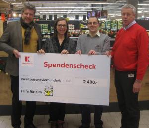 Scheckübergabe Kaufland an Hilfe für Kids